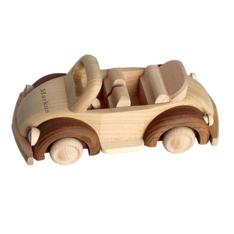 Holzauto mit Name