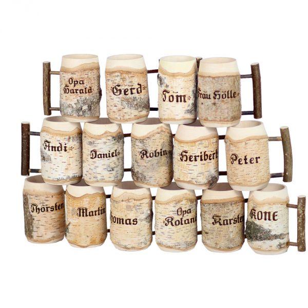 Bierkrüge aus Holz